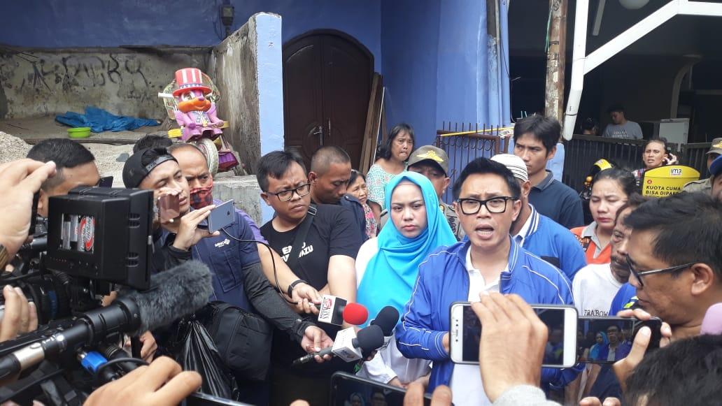 Ketua DPW PAN Jakarta Eko Patrio Turun Langsung Bantu Korban Banjir
