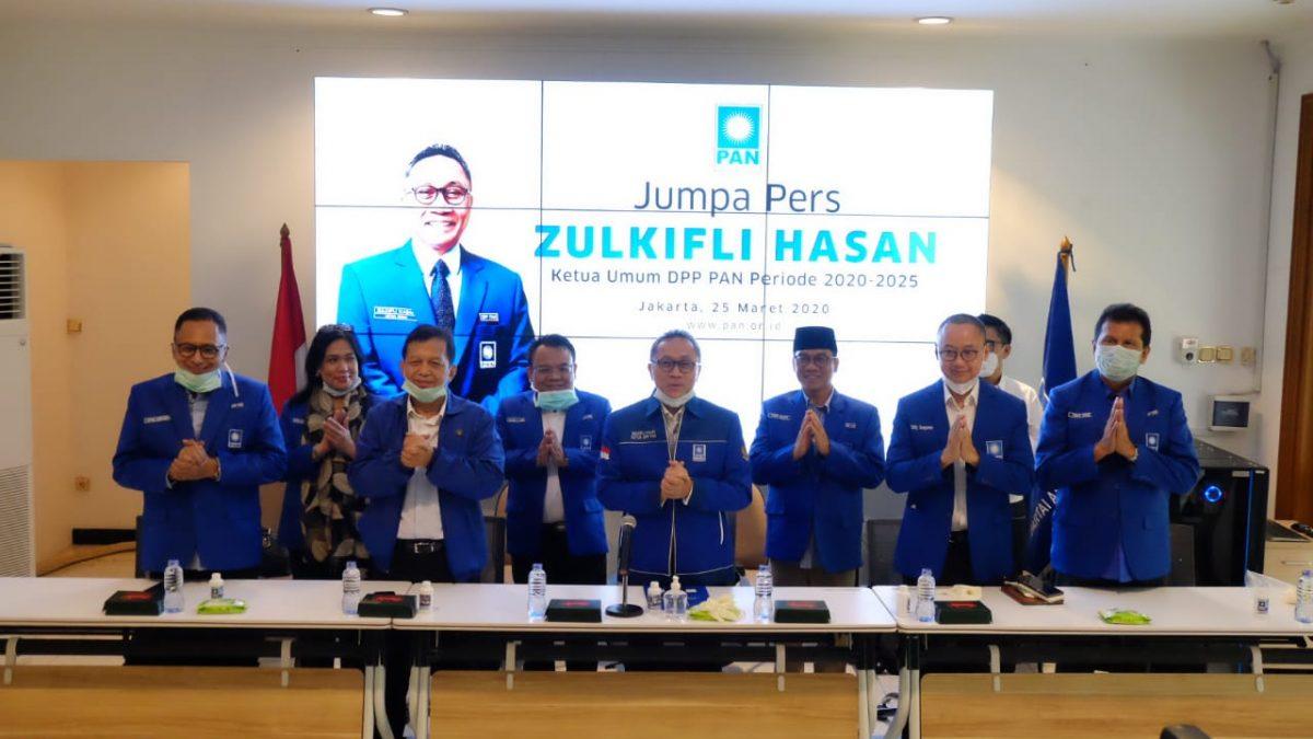 Zulkifli Hasan Umumkan Pengurus DPP PAN Periode 2020-2025
