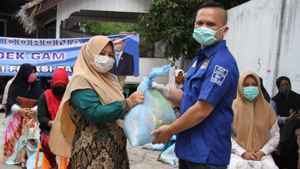 Dek Gam Bagikan 6.000 Paket Sembako untuk Warga Terdampak Corona