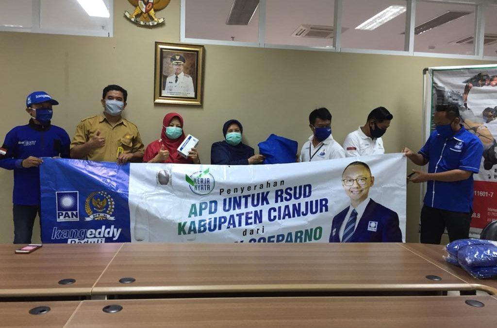 H. Eddy Soeparno Serahkan Bantuan APD dan Masker untuk RSUD Sayang Cianjur