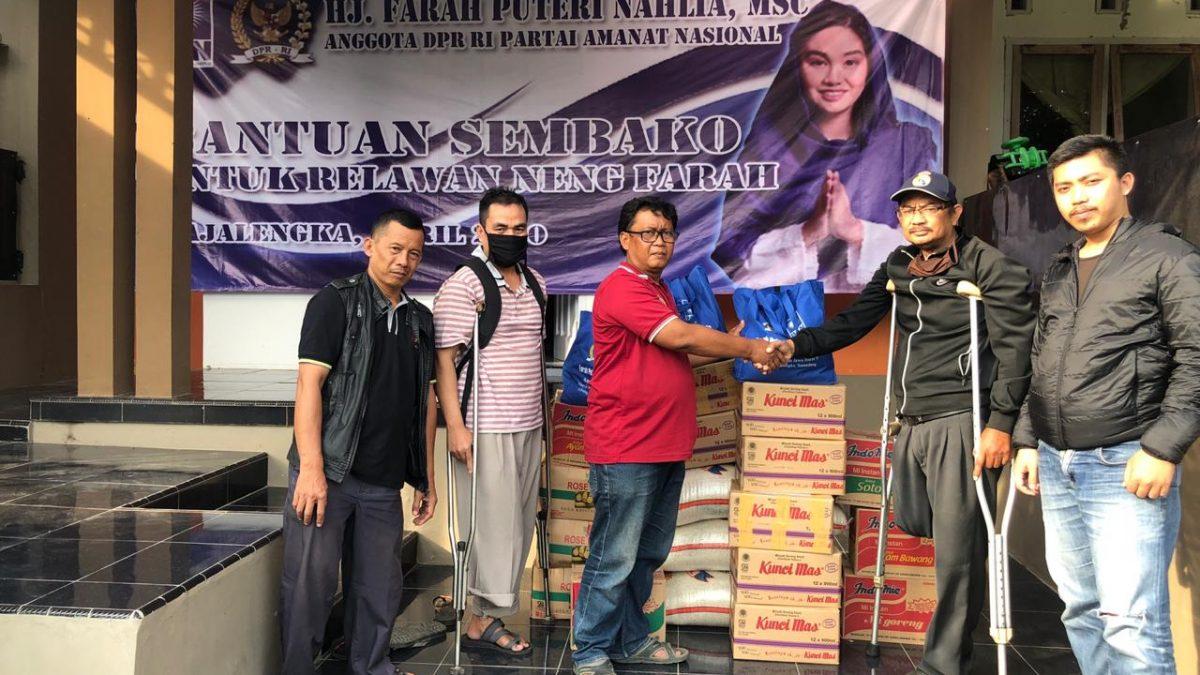 Anggota DPR RI Millennial PAN Berikan APD dan Sembako kepada Warga