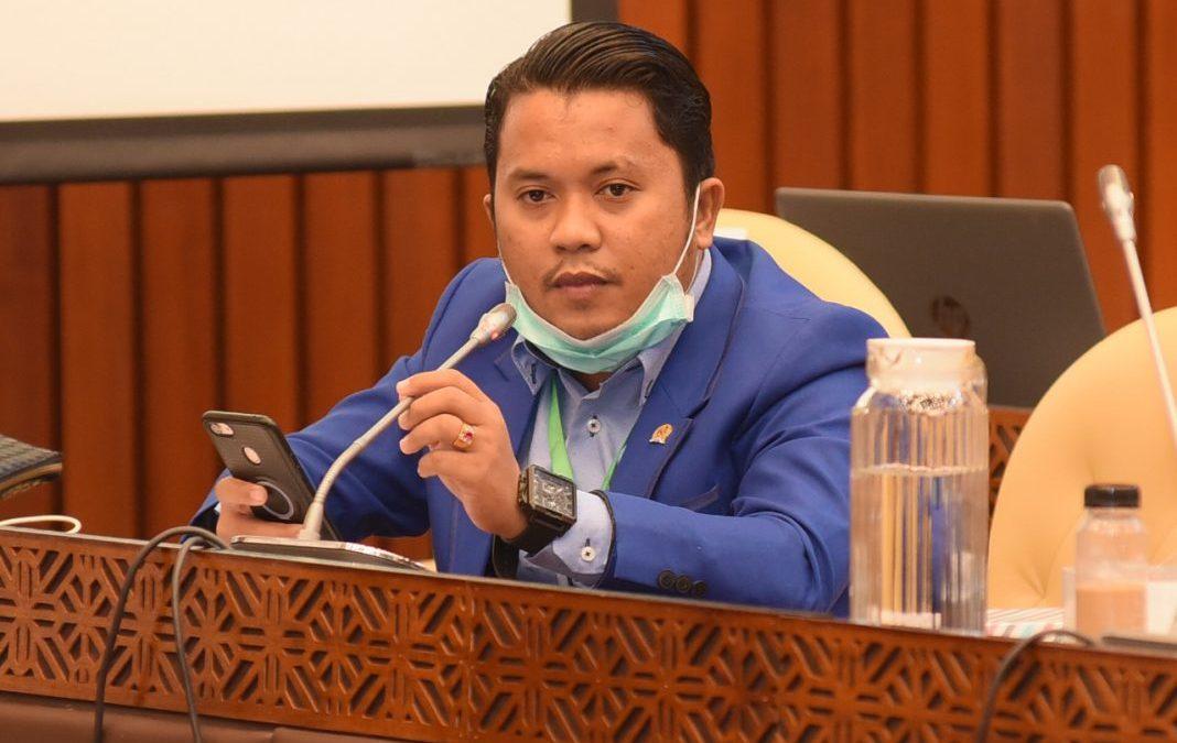 PAN Minta Jokowi Revisi Soal Perpres Investasi Miras